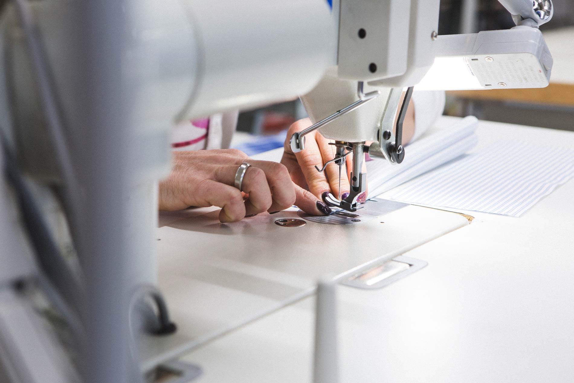 dgl-srl-sartoria-produzione-abbigliamento-cura-dettagli